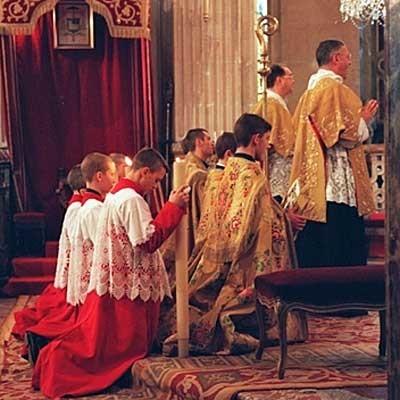 Une messe de la Fraternité Saint-Pie-X, séparée de Rome